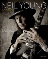 Neil Young - A Life in Pictures. Six decades of photographs of one of rock musics most influential artists. Original English edition